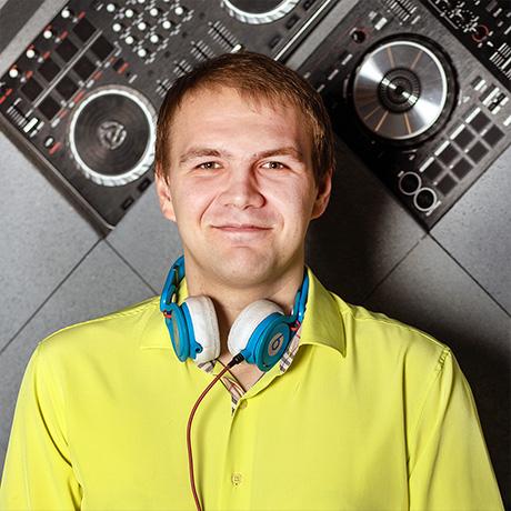 DJ Дмитрий Смирнов - Mobile DJ's SPb - Мобильные DJ и Event Диджеи Санкт-Петербурга