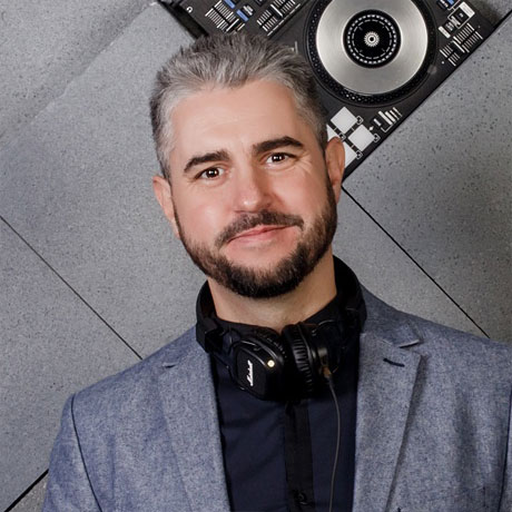 DJ Владимир Садовников - Mobile DJ's SPb - Мобильные DJ и Event Диджеи Санкт-Петербурга